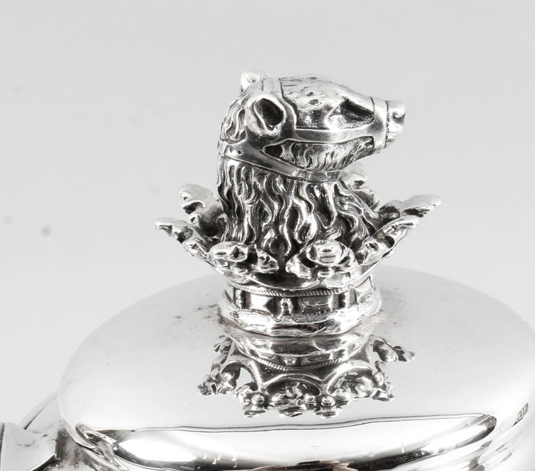 Antique George IV Silver Coffee Pot by Paul Storr London, 1826, 19th Century In Good Condition In London, GB
