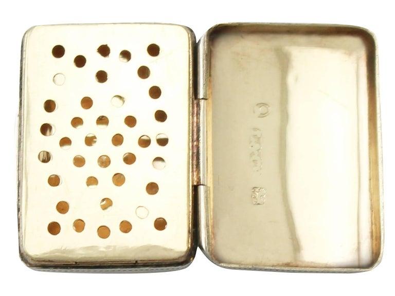 Antique George IV Sterling Silver 'Purse' Vinaigrette For Sale 1