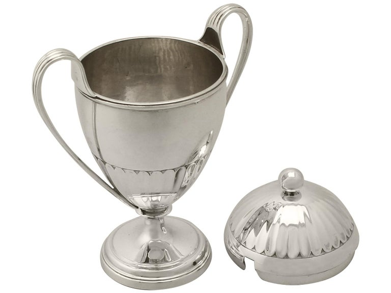 Antique George V Pair of Sterling Silver Preserve Pots by the Pairpoint Brothers For Sale 1