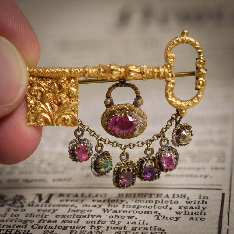 "Antique Georgian Acrostic Regard ""Key to My Heart"" Locket Brooch For Sale 1"