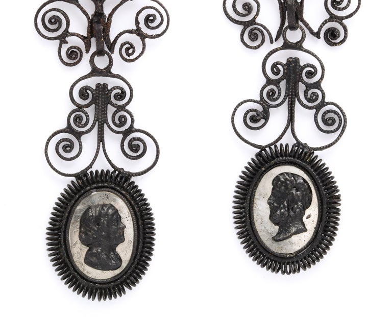 Antique Georgian Berlin Iron Chandelier Earrings In Excellent Condition For Sale In Stamford, CT