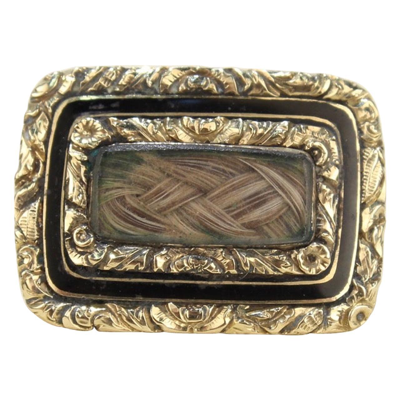 Georgian 9ct Gold Enamel MourningMemorial Locket Brooch with Original Hair