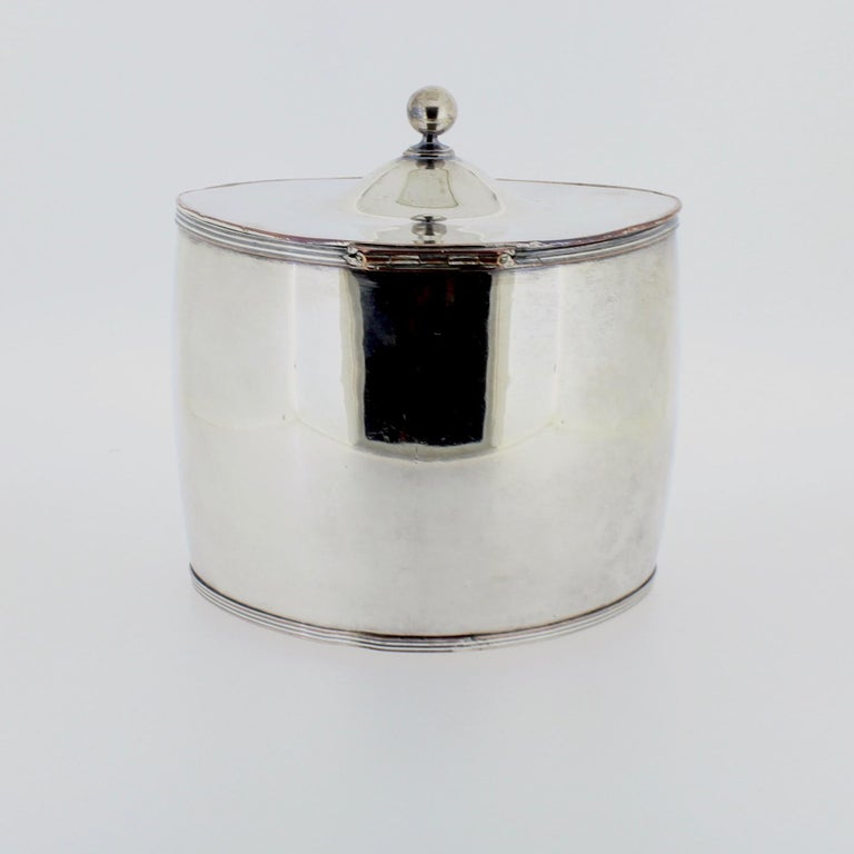 Antique Georgian English Sheffield Silver Plate Tea Caddy In Good Condition For Sale In Philadelphia, PA