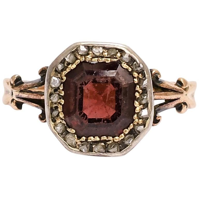 Antique Georgian Flat-Cut Garnet Diamond Cluster Ring