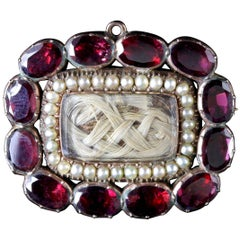 Antique Georgian Garnet Pearl Mourning Brooch 18 Carat, circa 1800