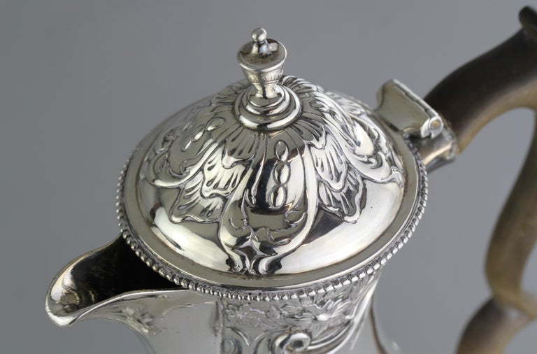 Early 19th Century Antique Georgian III Sterling Silver Tea Pot, London 1816, Charles Wright For Sale