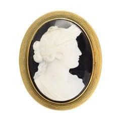 Antique Georgian Onyx Classical Cameo Brooch