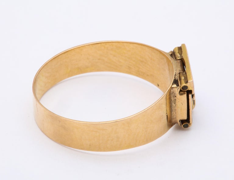 Women's or Men's Antique Georgian Rare Envelope Ring For Sale