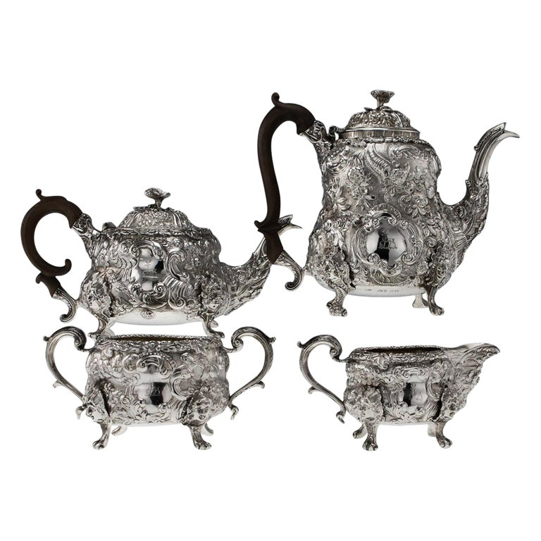 Antique Georgian Solid Silver Exceptional Tea and Coffee Set, circa 1818-1820 For Sale