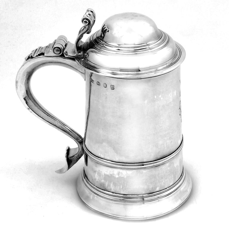 Antique Georgian Sterling Silver Lidded Tankard / Beer Mug 1771 In Good Condition For Sale In London, GB