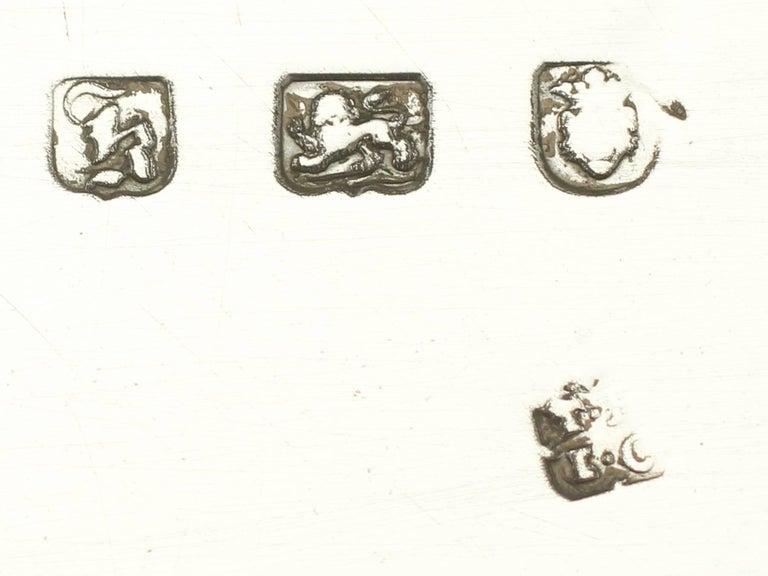 Antique Georgian Sterling Silver Salver For Sale 1