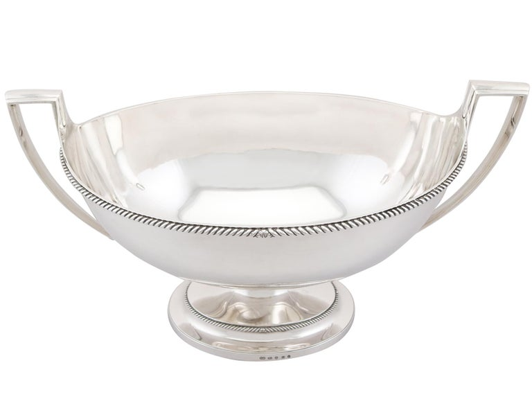 19th Century Antique Georgian Sterling Silver Soup Tureen Dish by Paul Storr For Sale