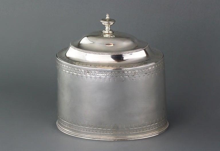 George III Antique Georgian Sterling Silver Tea Caddy, Hester Bateman, London, 1784 For Sale