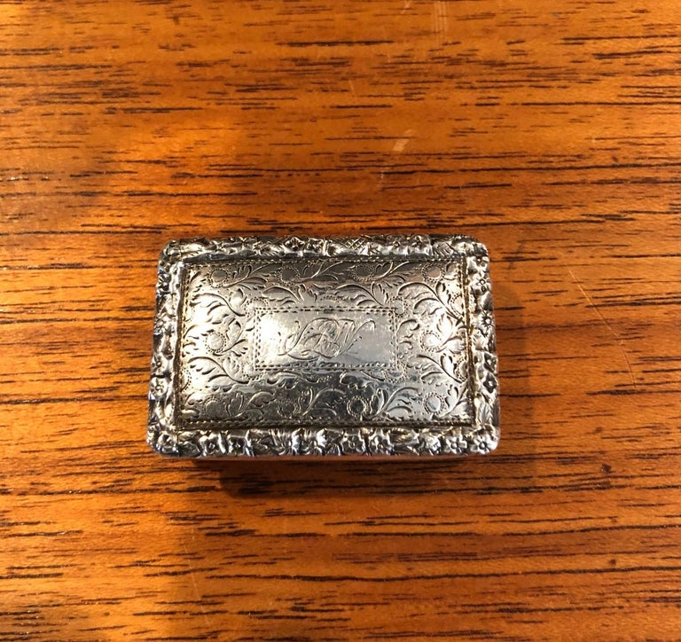Antique Georgian Sterling Silver Viniagrette by Nathaniel Mills, 1827 For Sale 3