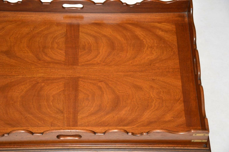 Mid-20th Century Antique Georgian Style Mahogany Tray Top Coffee Table For Sale