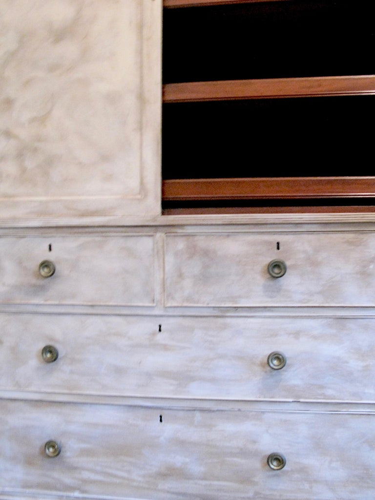 Antique GeorgianLinen Press, England, 1810-1820, Mahogany, England, Georgian In Good Condition For Sale In Cotswolds, GB