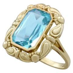 Antique German 4.10 Carat Aquamarine and Yellow Gold Dress Ring