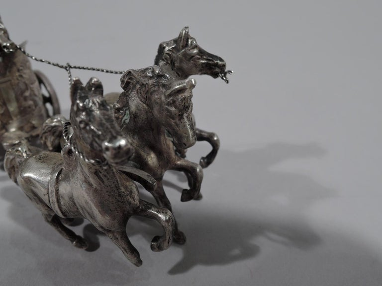 Antique German Silver Miniature Roman Chariot In Good Condition For Sale In New York, NY