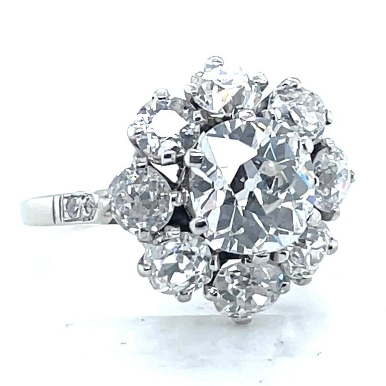 Antique GIA 1.53 Carat Old Mine Cut Diamond White Gold Cluster Ring In Excellent Condition For Sale In Beverly Hills, CA