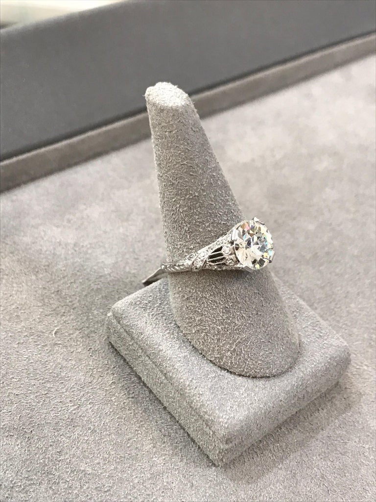 Antique GIA Certified Diamond Platinum Ring For Sale 1