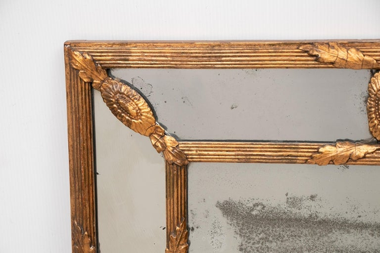 British Antique Gilded Cushion Mirror with Mercury Glass, circa 1820 For Sale