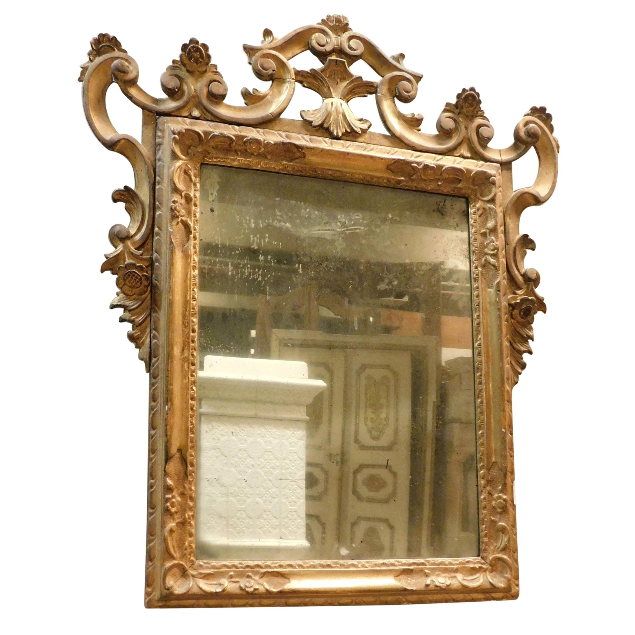 Antique Gilded Mirror with Carved Wood Carvings, 18th Century, Italy