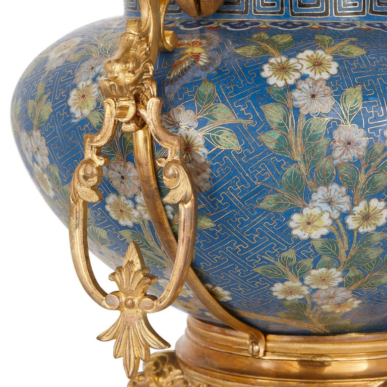 Antique Gilt Bronze Mounted Cloisonné Enamel Jardinière In Good Condition For Sale In London, GB