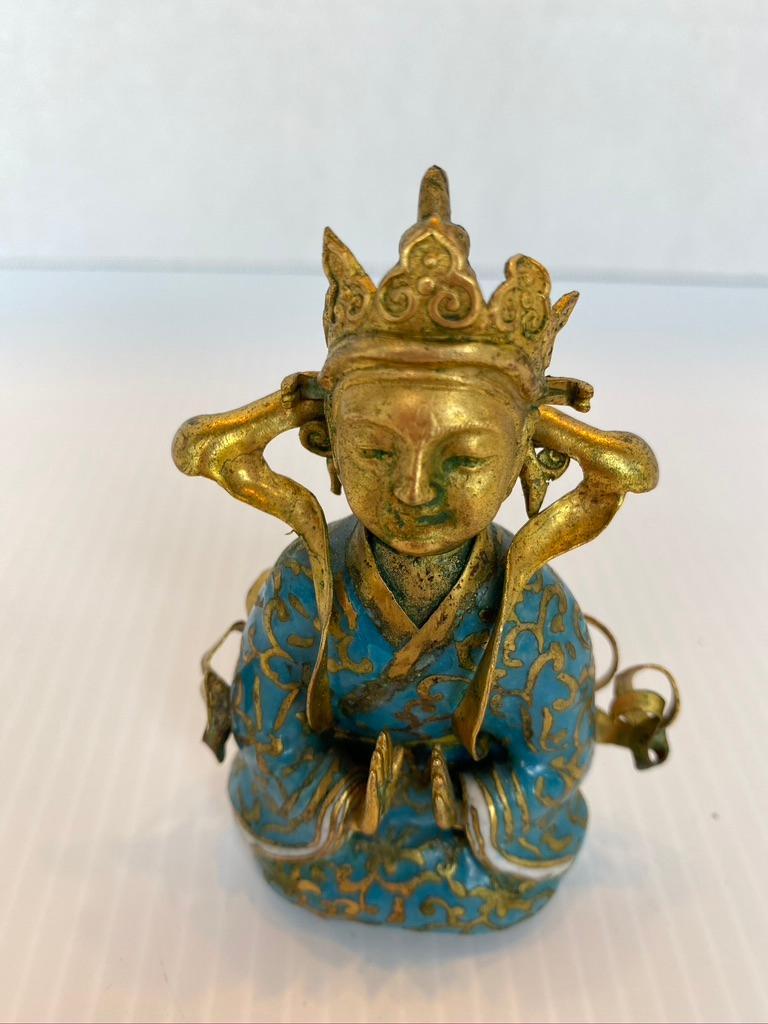 Antique Gilt Bronze Tibetan Buddha Figure In Good Condition For Sale In Sarasota, FL