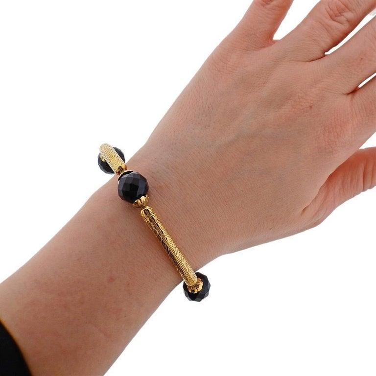 Women's or Men's Antique Gold Agate Bangle Bracelet For Sale