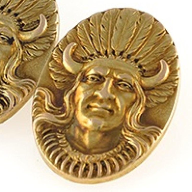 Antique Gold American Indian Chief Cuff Links In Excellent Condition For Sale In New York, NY