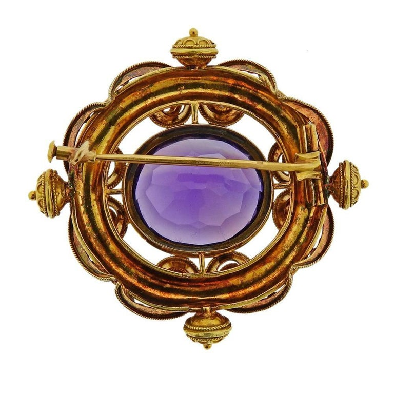 Antique Gold Amethyst Brooch Pin In Excellent Condition For Sale In New York, NY