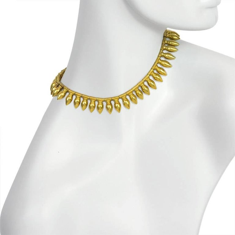 Antique Gold Amphora Fringe Necklace, Vatican Marks In Excellent Condition For Sale In New York, NY