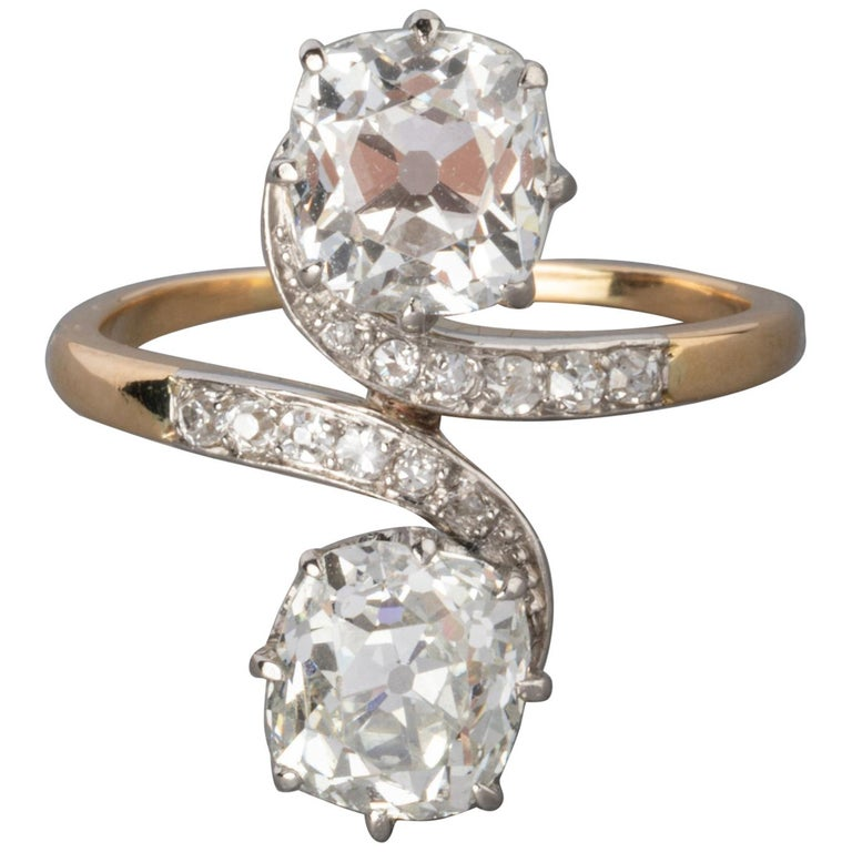 Antique Gold and 3.30 Carat Diamonds French Toi et Moi Ring For Sale