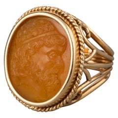 Antique Gold and Agate Cameo Ring