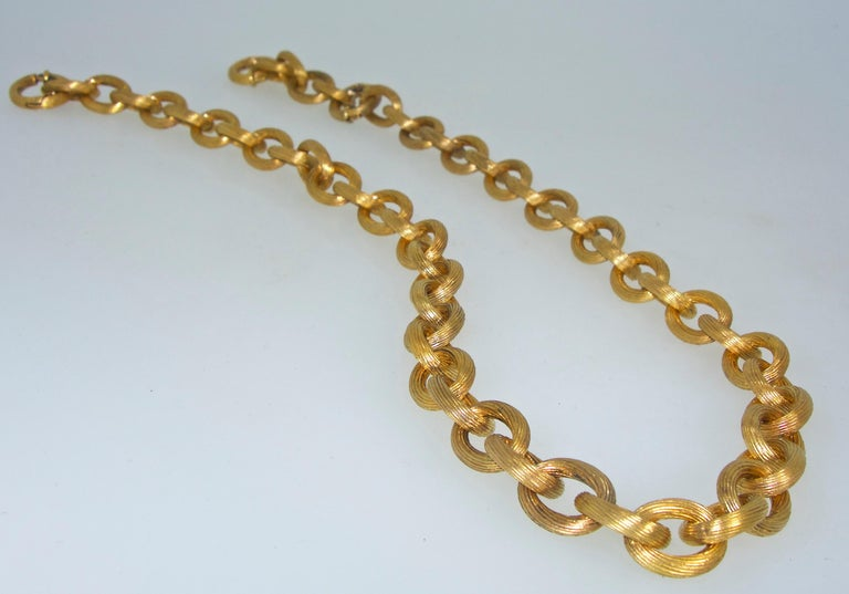 Antique Gold Chain, circa 1885 In Excellent Condition For Sale In Aspen, CO