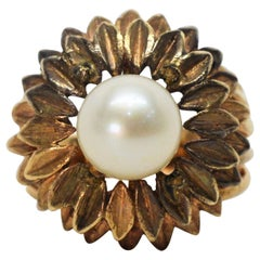 Antique Gold Floral Burst Ring with Pearl
