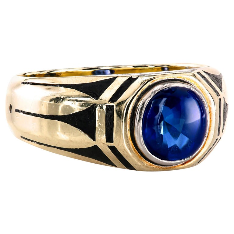 Antique Gold Pinky Ring with Royal Blue Buffed-Top GIA Certified Sapphire For Sale