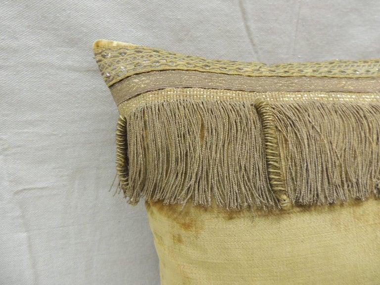 Regency Antique Gold Velvet Decorative Square Pillow For Sale