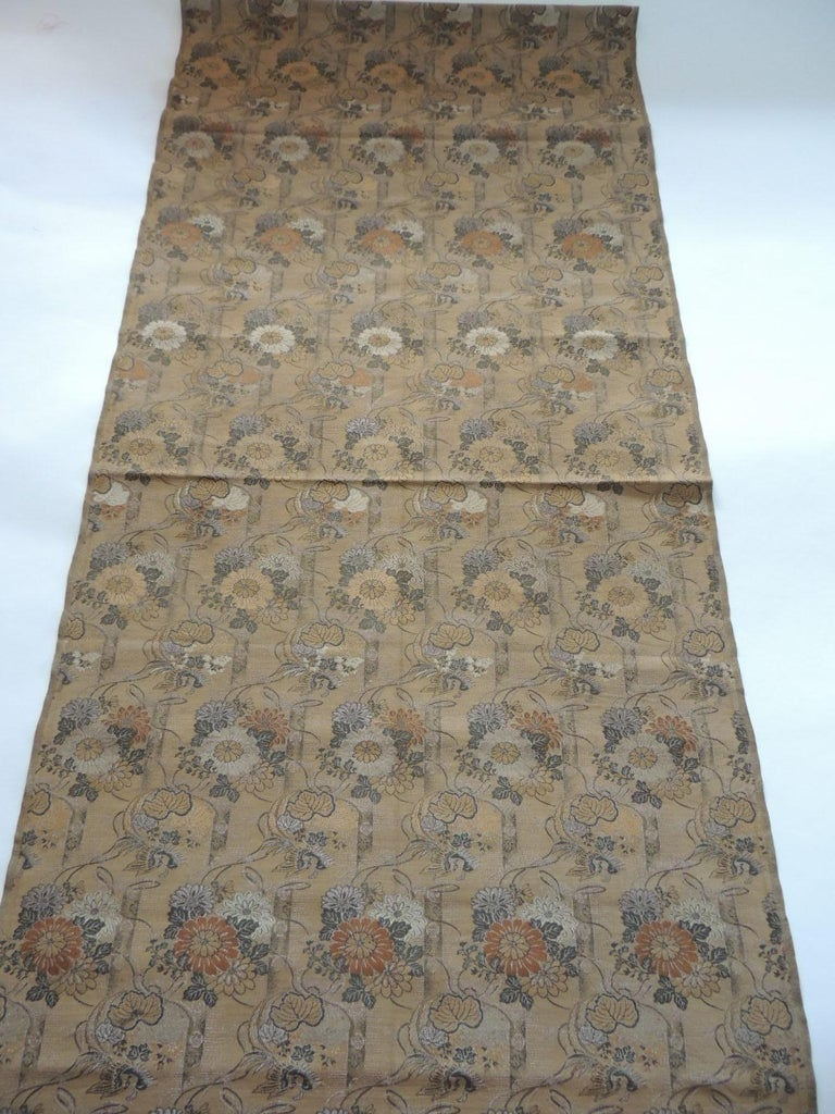 Antique Golden and Green Woven Silk Obi Textile In Good Condition For Sale In Wilton Manors, FL