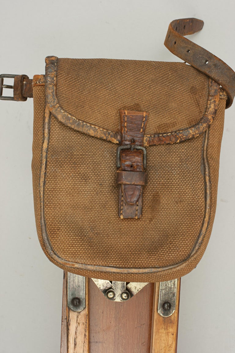 Antique Golf Bag, Automaton Caddy by Bussey For Sale 3