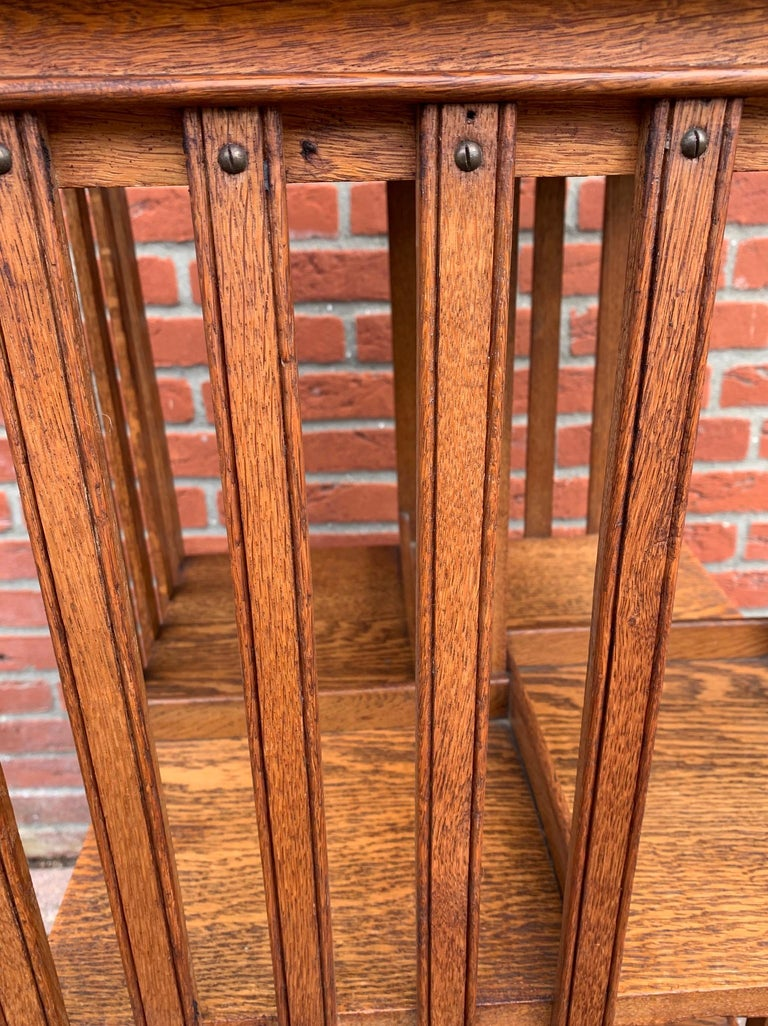 Antique & Good Size Early 1900s Tiger Oak Revolving Bookcase on Original Wheels For Sale 3