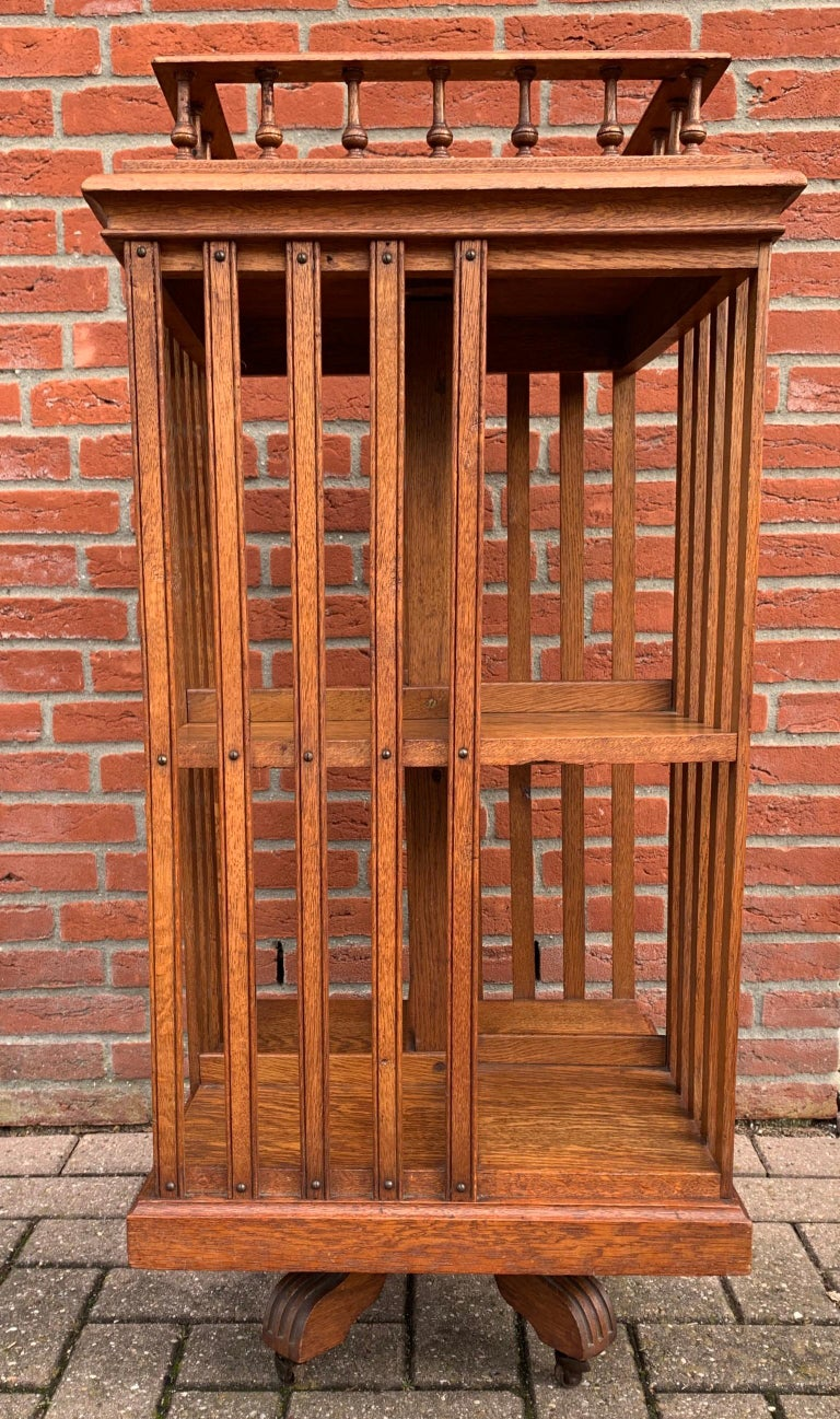 Antique & Good Size Early 1900s Tiger Oak Revolving Bookcase on Original Wheels For Sale 12