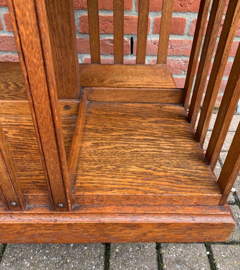Antique & Good Size Early 1900s Tiger Oak Revolving Bookcase on Original Wheels For Sale 2