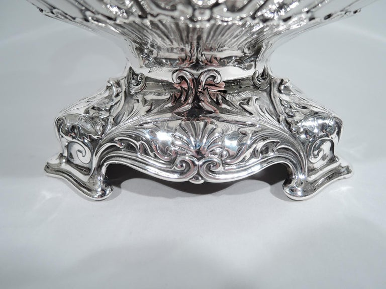 Antique Gorham Edwardian Classical Sterling Silver Trophy Loving Cup For Sale 1