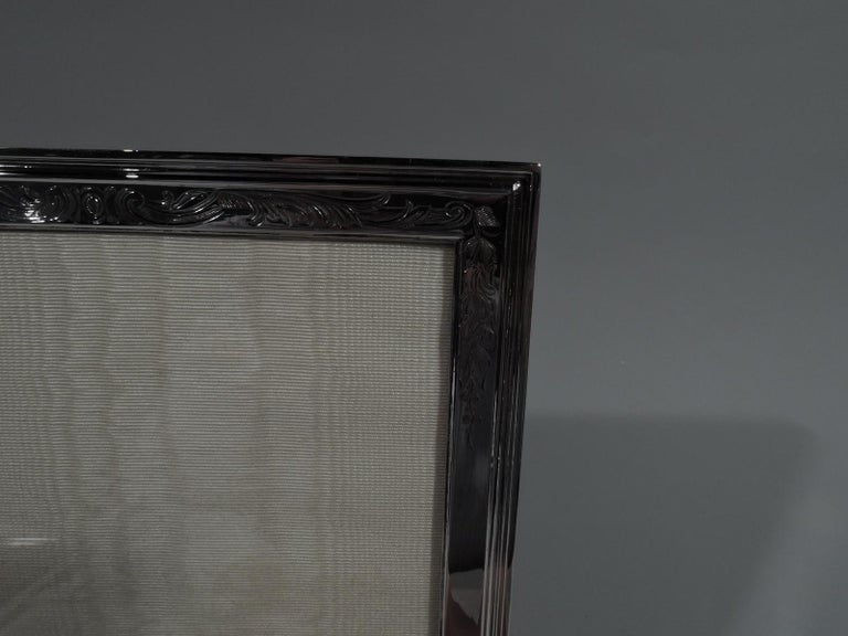 Antique Gorham Edwardian Sterling Silver Picture Frame In Excellent Condition For Sale In New York, NY