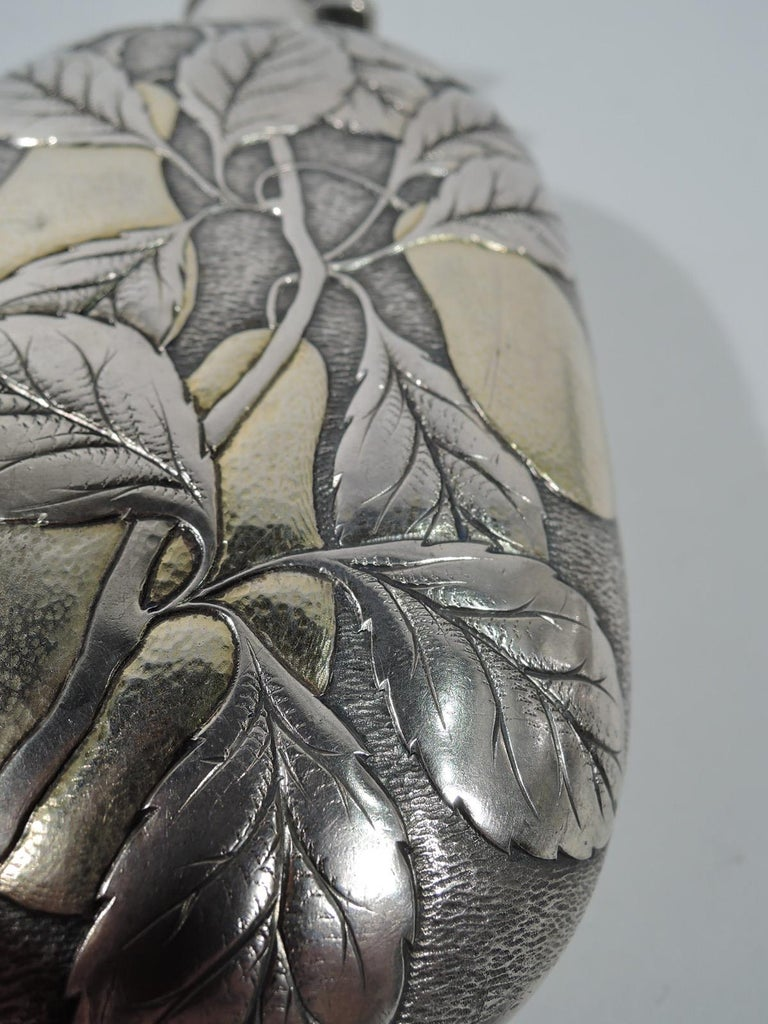 Antique Gorham Japonesque Parcel Gilt Flask with Fruiting Pear Branch In Excellent Condition For Sale In New York, NY