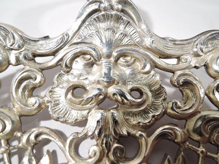 Antique Gorham Sterling Silver Bonbon Scoop with Art Nouveau Classical Lyre For Sale 1