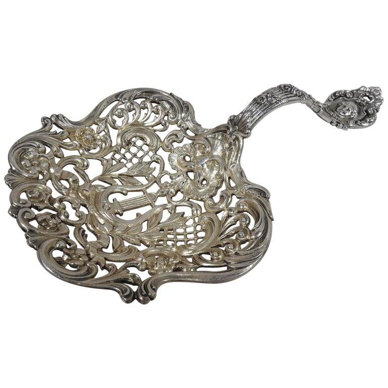 Antique Gorham Sterling Silver Bonbon Scoop with Art Nouveau Classical Lyre For Sale