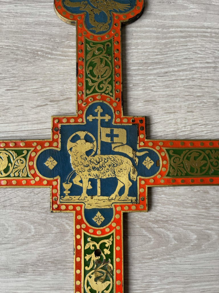 Antique Gothic Revival Crucifix w. Bronze Corpus and Enamelled Sculptured Cross In Good Condition For Sale In Lisse, NL