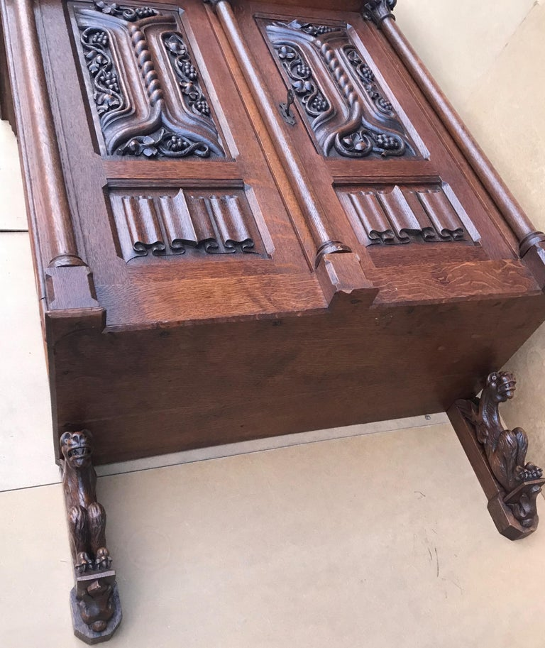 Antique Gothic Revival Hand Carved Oak Wall Cabinet with Gargoyles Sculptures For Sale 10